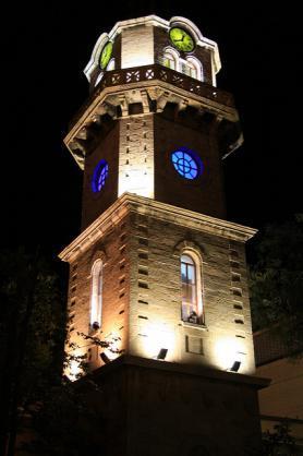 Hodinová věž ve Varně, Bulharsko