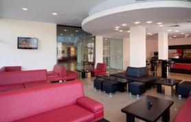Bulharský hotel Calypso s lobby