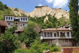 Domky v městečku Melnik, Bulharsko